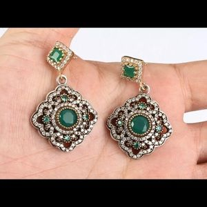 COMING SOON💎Dazzling Emerald 925 Earrings